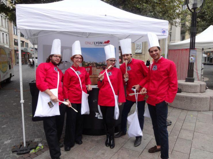 Action de street marketing pour Only Lyon