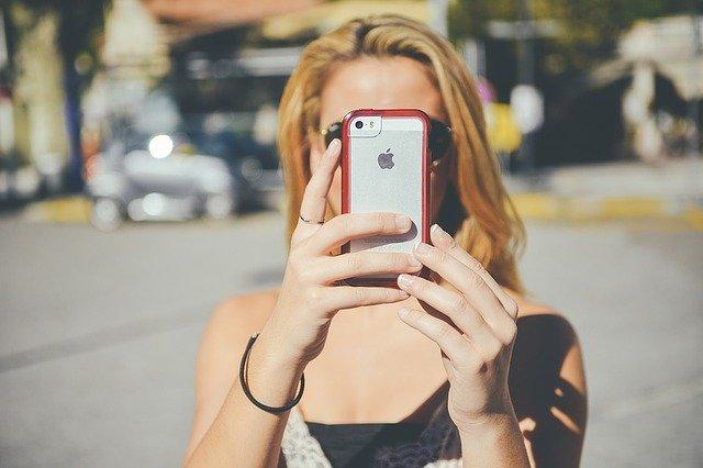 Le mobile : Un accessoire qui domine le quotidien